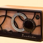tube-radio-67772_640